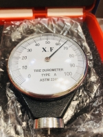 Slotracingshop.com Tire durometer w/protective hard shell plastic case